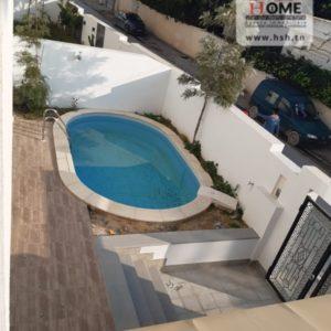 Duplex de luxe avec piscine à La Soukra
