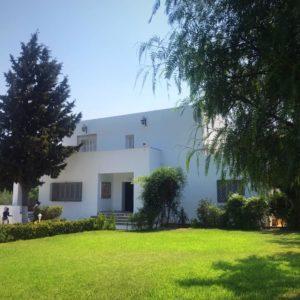 Villa S+5 avec une piscine à Carthage