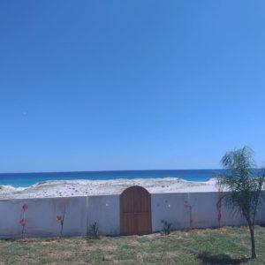 Villa pieds dans l'eau à Ain Grenz Kelibia