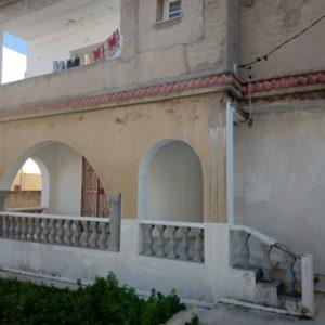 Maison situé à cité de la santé M105