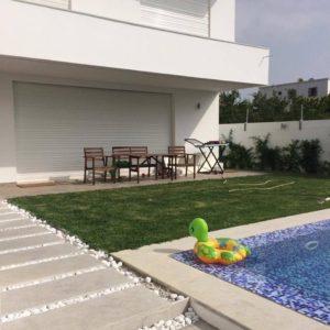 Villa avec piscine à Chotrana 3, la Soukra