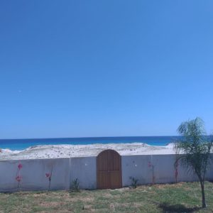 Belle villa pieds dans l'eau à Kelibia
