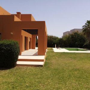 Somptueuse villa S+5 avec piscine à Gammarth
