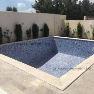 Belle villa S+4 avec piscine à la Marsa