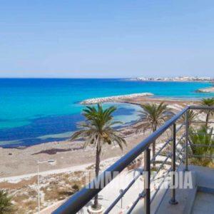 Appartements en S+1, S+2 , S+3 vue de mer richement meublé situé à corniche de Mahdia