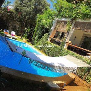 Belle villa S+3 avec piscine à la Marsa, Route de Relais