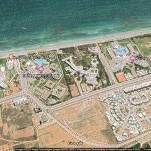 Terrain R+4 à 100 mètres d'hôtel thapsus