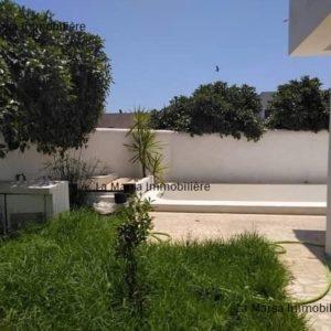 Villa S+4 avec piscine à Gammarth