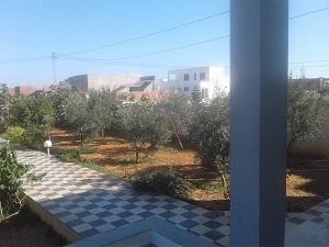 Villa S+2 avec une vaste jardin à 1km du plage à Kélibia / Dar allouche