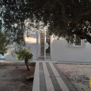 Villa S+2 semi meublée à Tezdaine Midoun