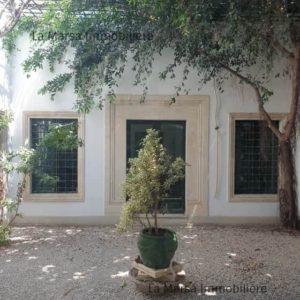 Villa à Tunis Pasteur, usage bureautique ou habitation