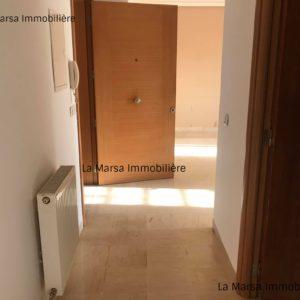 Appartement S+1 vide à la Marsa, Bhar Lazrek