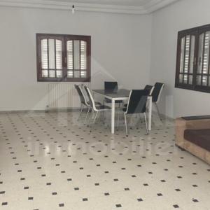 Villa à El Menzah 8