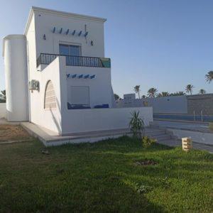 Maison avec piscine et jardin vue mer
