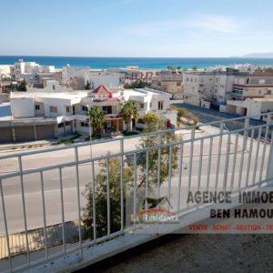Appartement vue sur mer à Sidi Salem