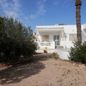 Belle villa S+2 meublée à Tezdaine Djerba