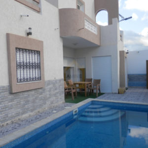 Villa récente avec piscine à Djerba Midoun