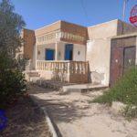 Photo-6 : Ancienne demeure avec fermes et puit d'eau titre bleu à Midoun Djerba