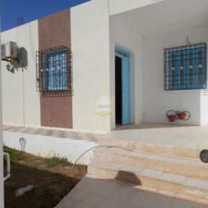 Maison S+2 à la zone touristique Midoun