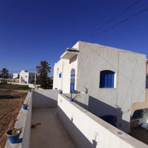 Appartement S+3 meublé au centre ville Midoun Djerba