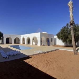 Sympathique villa avec piscine zone urbaine à Djerba Midoun