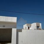 Photo-1 : Villa neuve avec un studio et 3 garages à Djerba Midoun