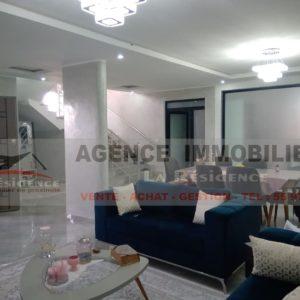 Villa haut standing à deux niveaux à route Menzel Abderrahmane