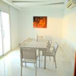 Photo-6 : Appartement S3 meublé avec vue dégagée à Gammarth