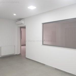 Appartement à usage bureautique à Ain Zaghouan