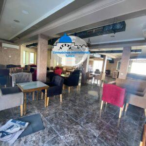 Local commercial de 250 m² à Sahloul