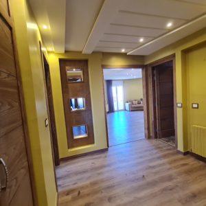 Appartement rénové en S+3 à Manar 2