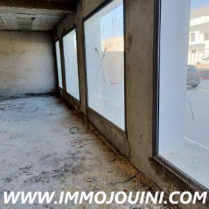 Showroom 624 m² à Nabeul sur la route