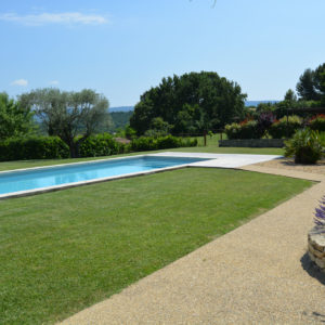 Ferme de 4 Ha avec villa et piscine à Béja