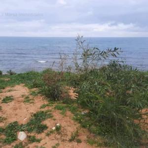 Terrain de 4000 m² vue mer à Gammarth zone touristique