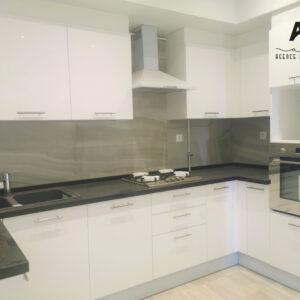 Appartement S+2 de 122 m² qui borde la plage de la ville de Nabeul