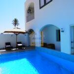 Villa neuve 5 pièces avec piscine et garage à Djerba