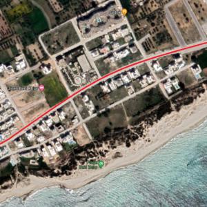 Terrain Isolé qui fait le coin de 496 m² à Jinén Beni Khiar, Nabeul