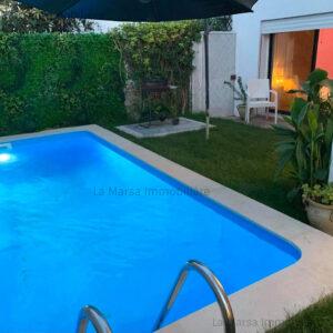 RDC S3 avec piscine et jardin à Gammarth